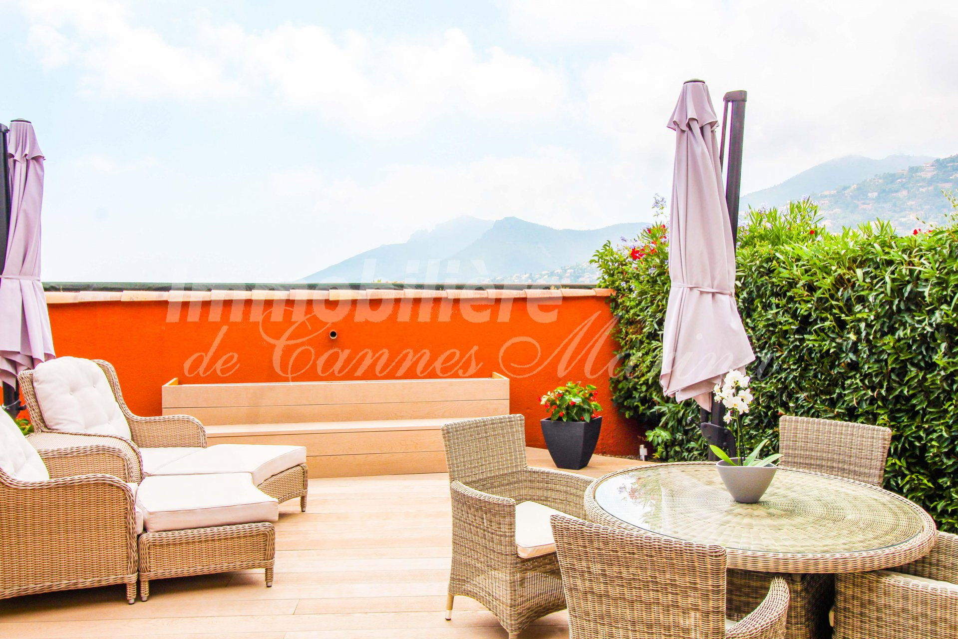 Magnificent sea view - Large garden terrace - Pool