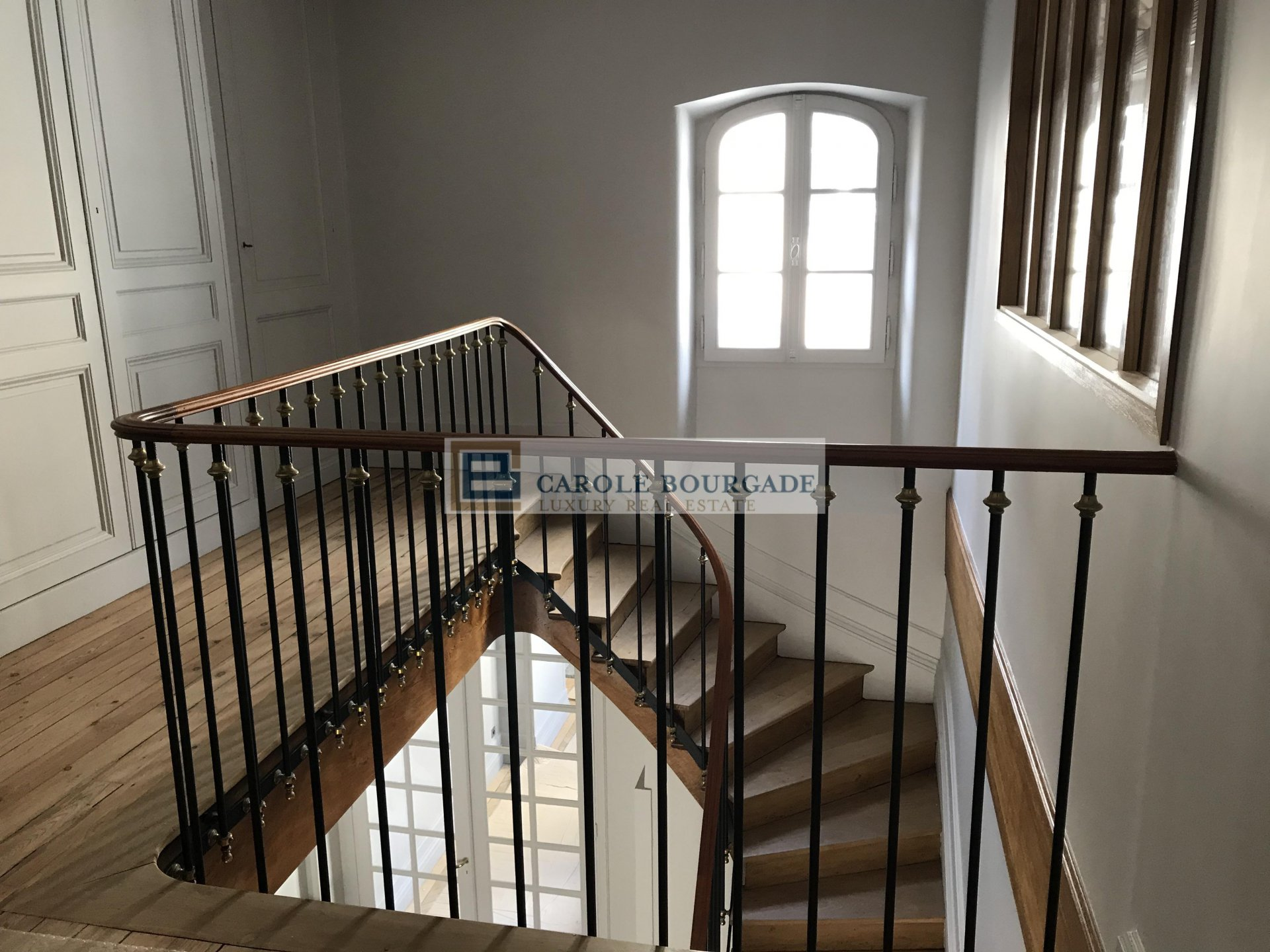 RESERVE - BEAUTIFUL APARTMENT IN DUPLEX BORDEAUX CITY CENTER