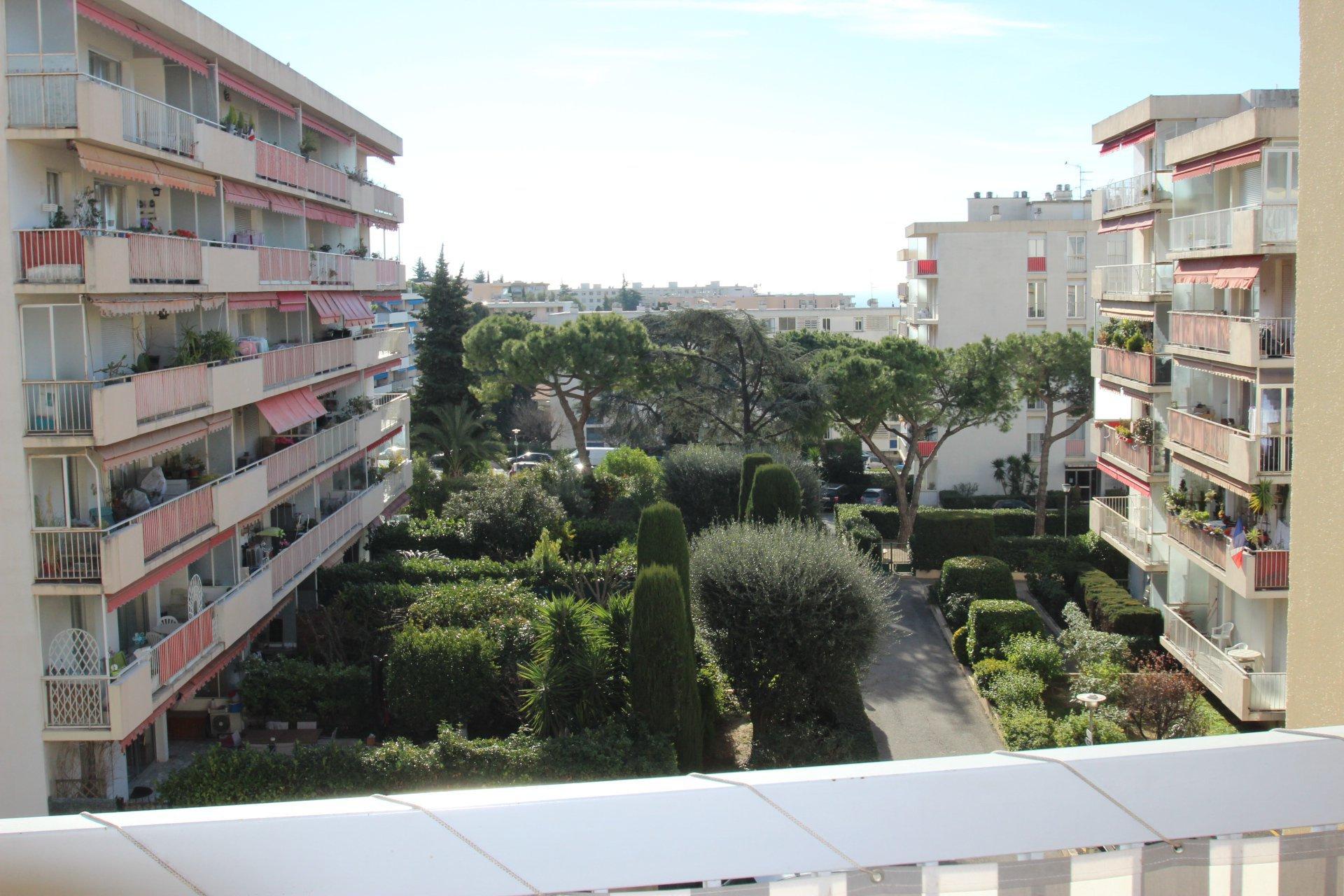 Sale Apartment - Nice Sainte Marguerite