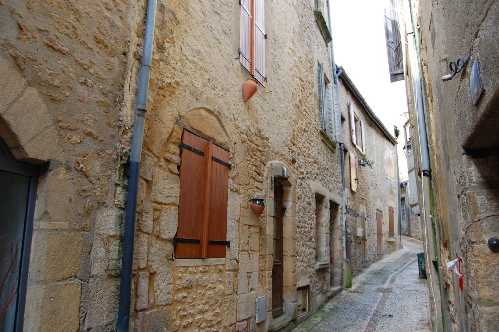 DORDOGNE - Old village house to renovate