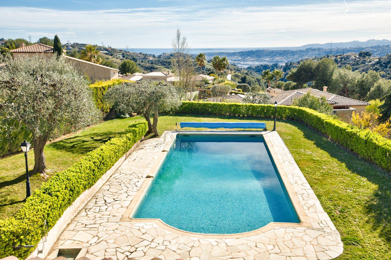 NICE/ST ROMAN DE BELLET sublime propriété, vue mer, piscine