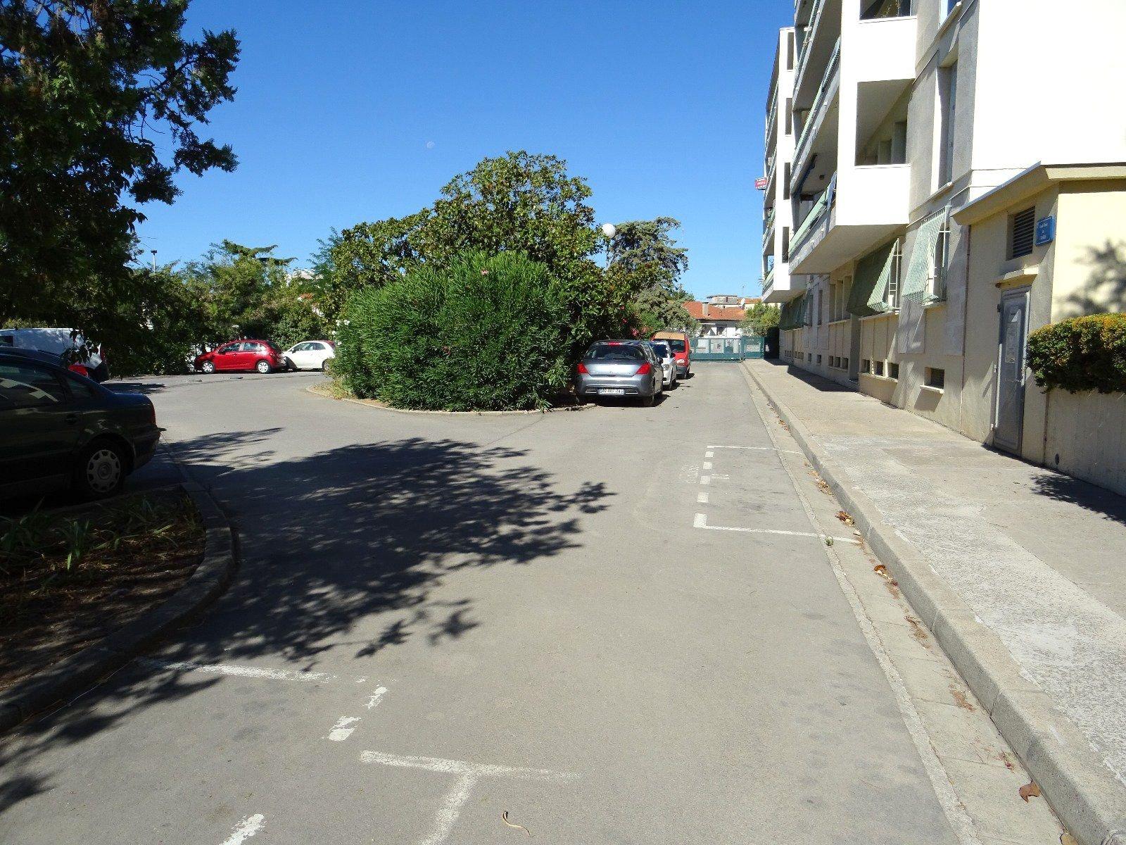 Appartement T3 traversant de 72m2