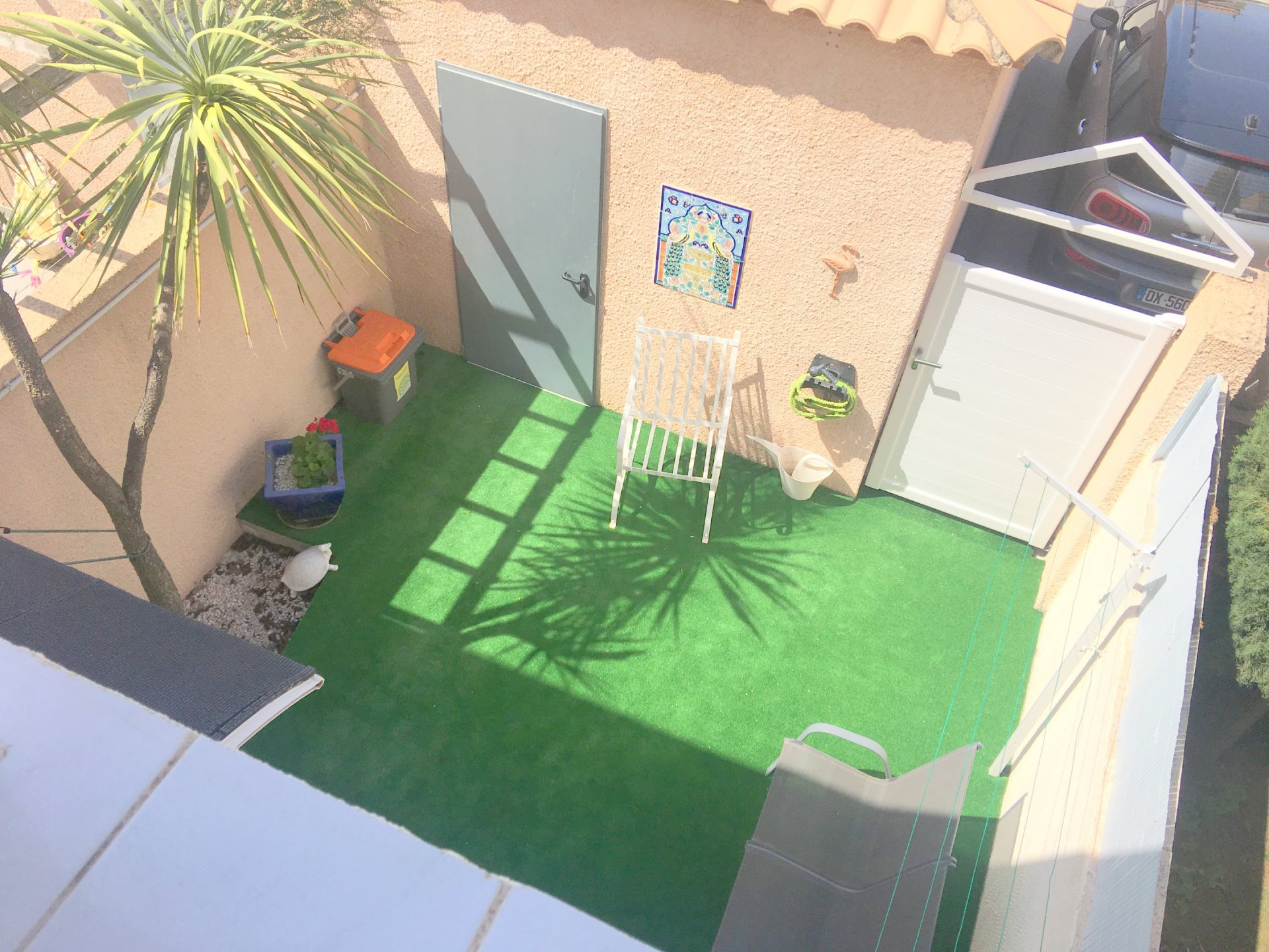 Villa avec jardin et garage