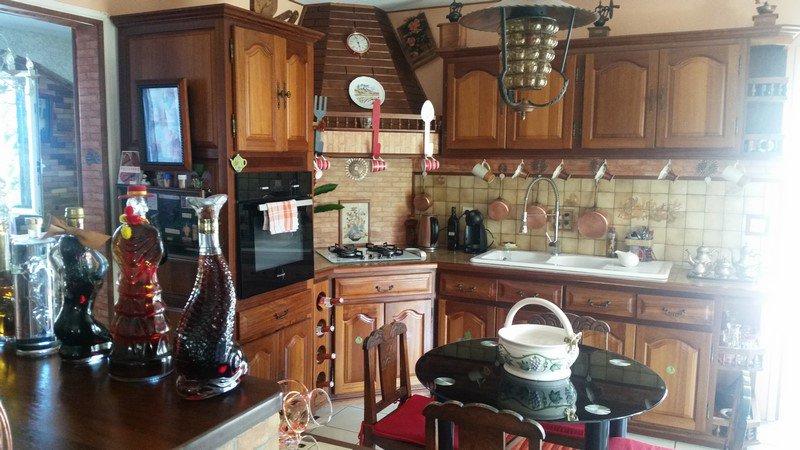 A La Rivière St Louis villa F6 à 310000 FAI