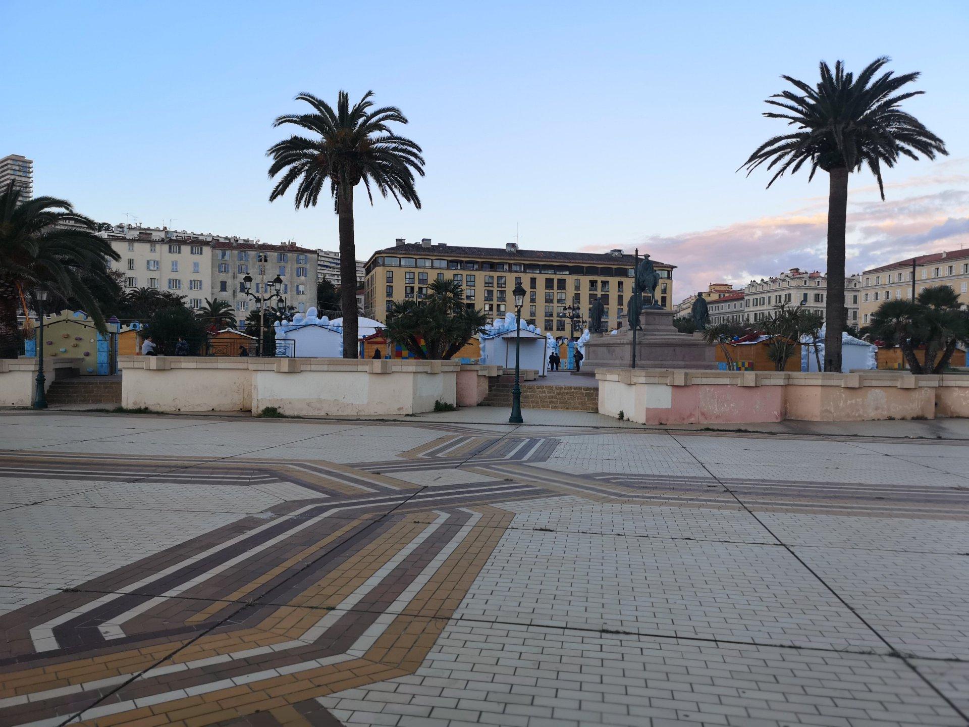 RARE : F4/5 centre Ajaccio