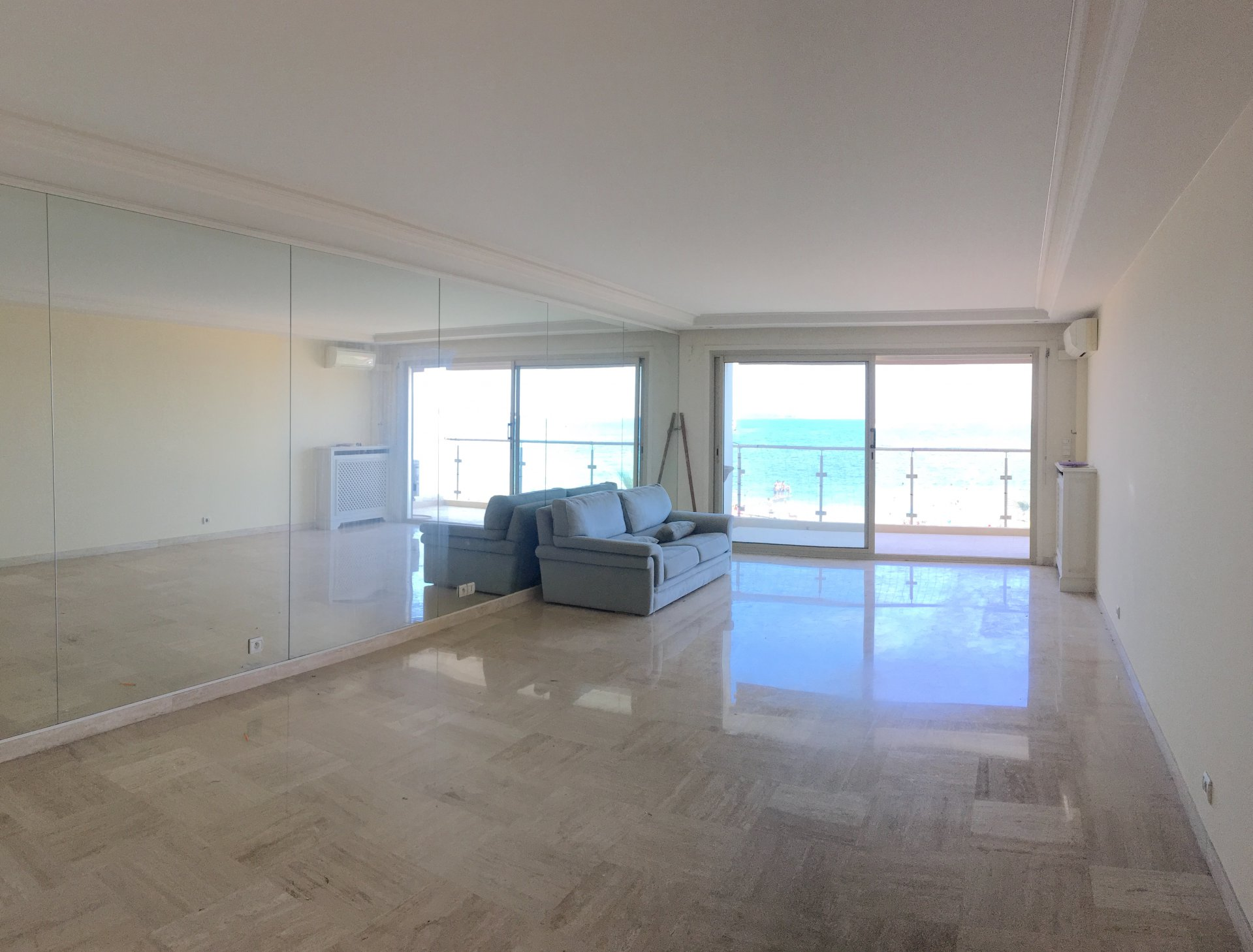 CANNES PALM BEACH 2 BEDROOM APARTMENT WITH STUNNING SEA VIEW