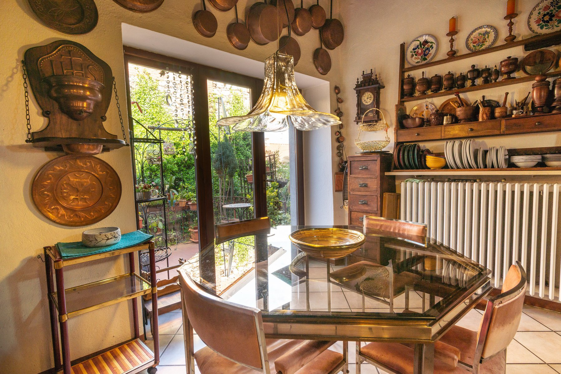 Historic house for sale in Stresa dining room