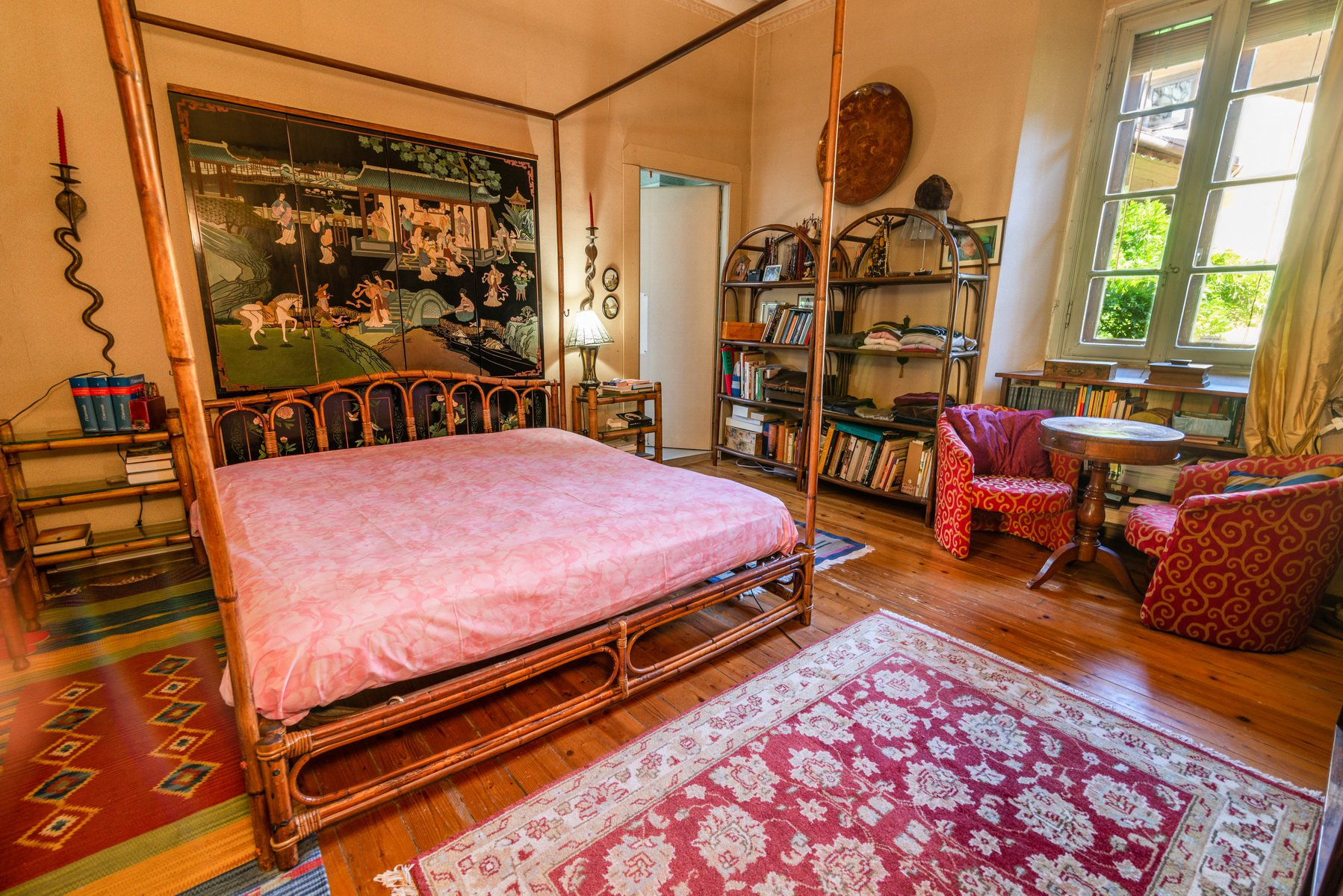 Historic house for sale in Lesa-   double room
