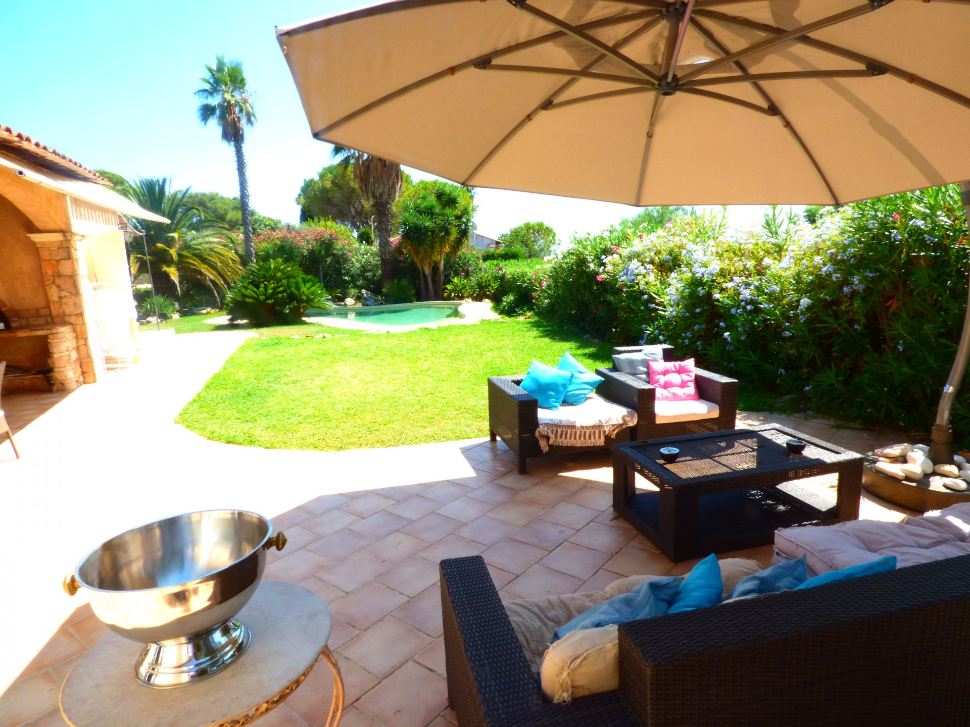 French riviera, Antibes beach near center, house of 230sqm