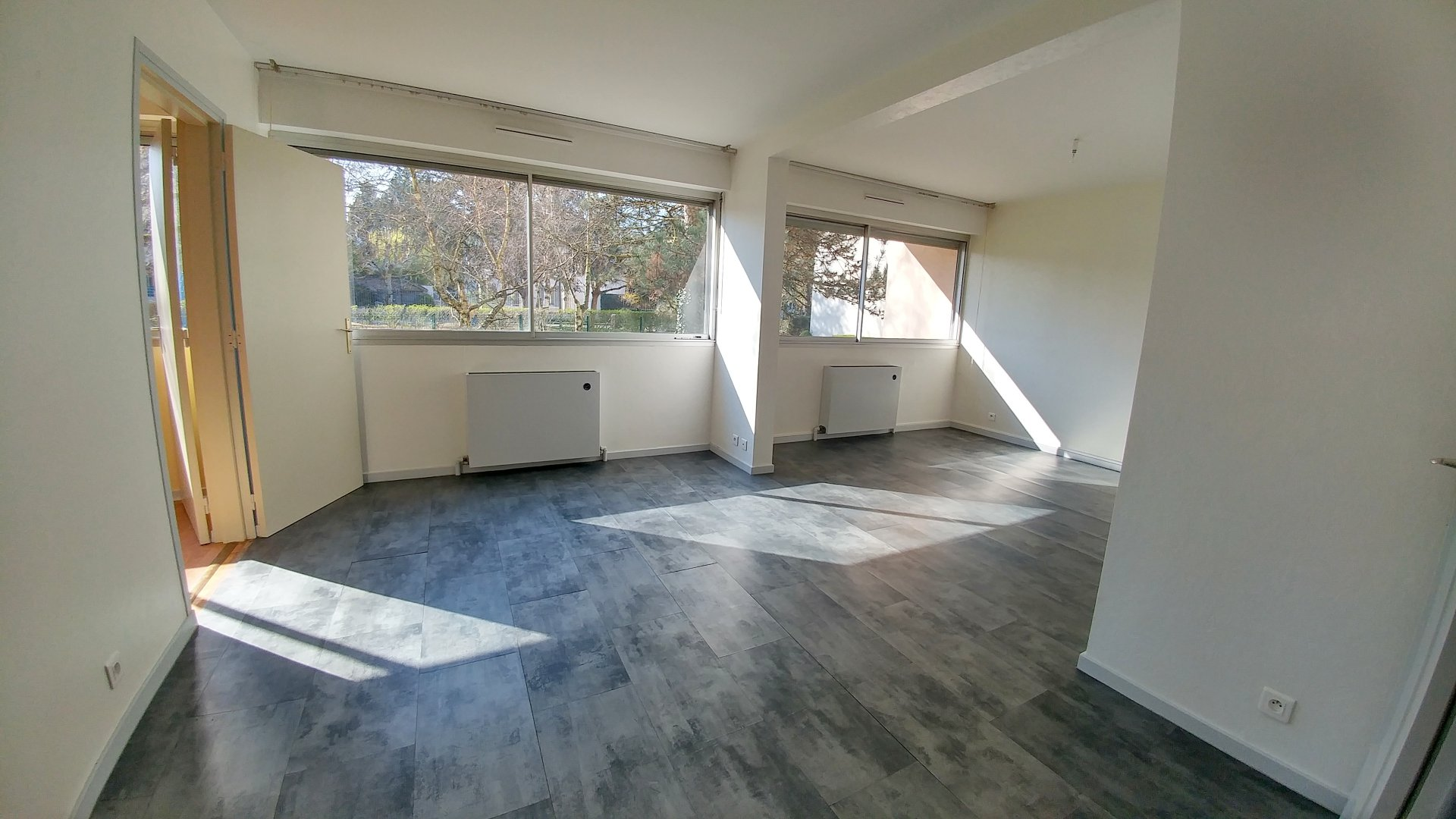 Sale Apartment - Francheville