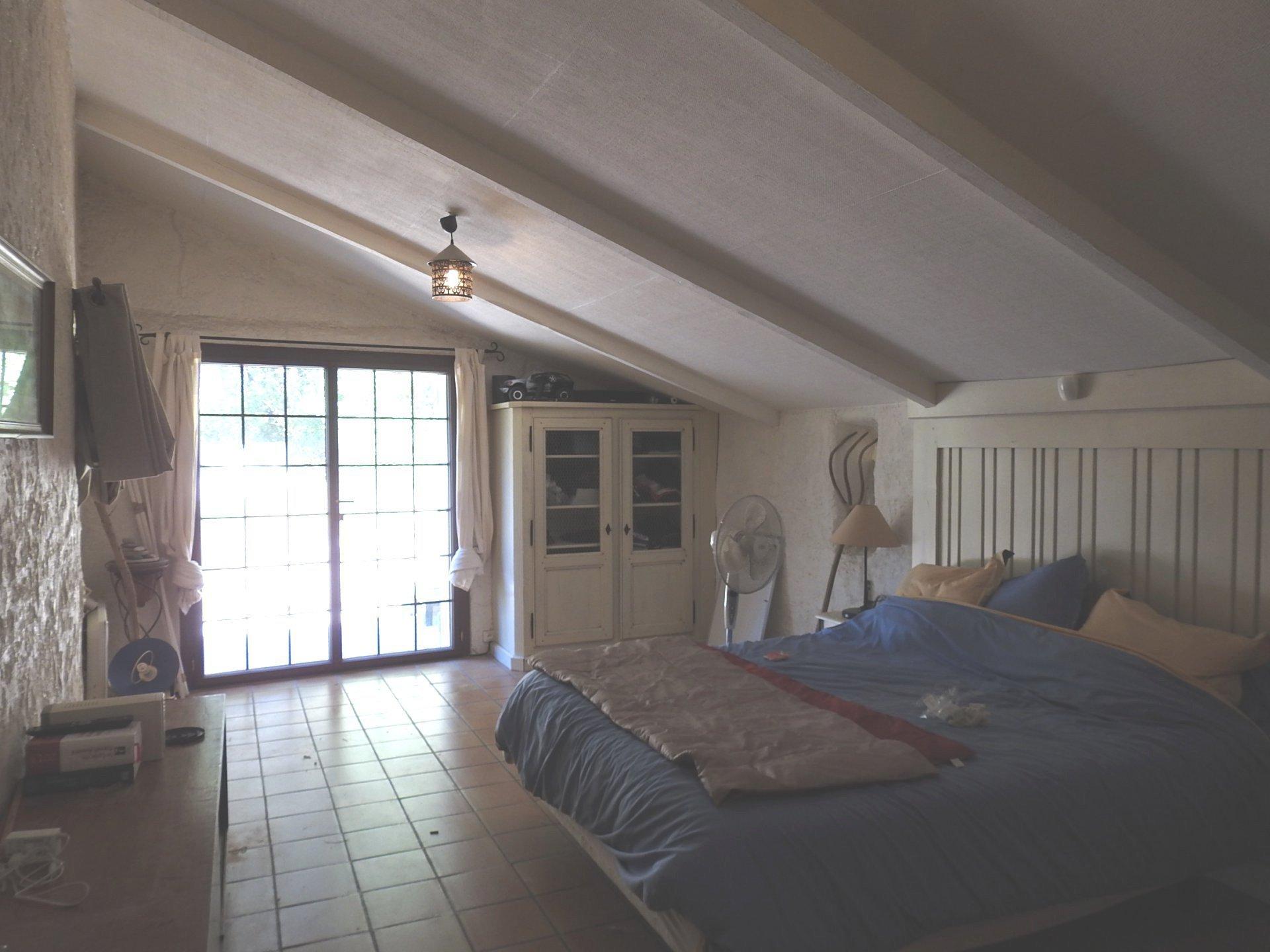 Maison T4 110 m2 sur 2168 m2 de terrain