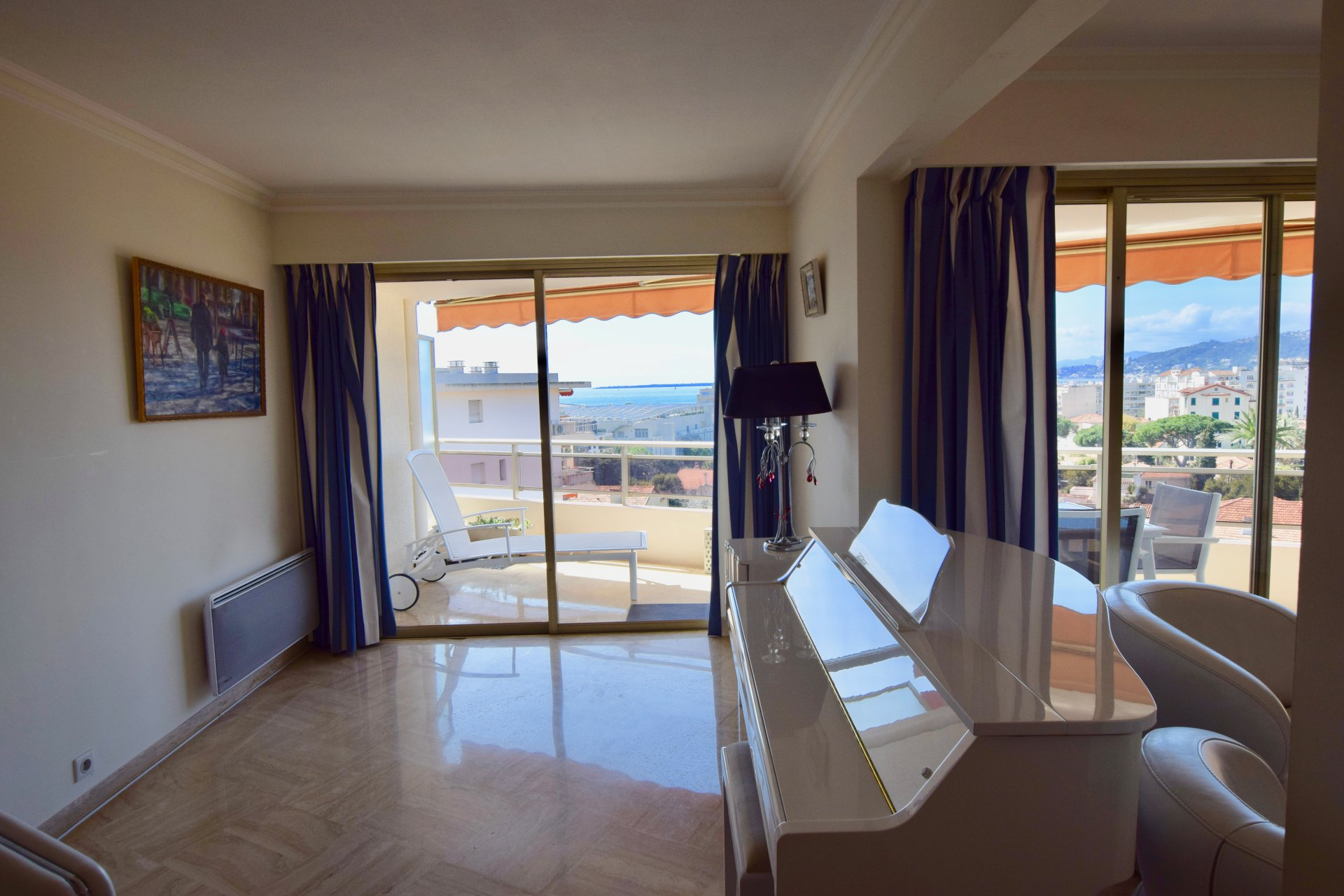 APARTMENT FOR SALE - JUAN LES PINS