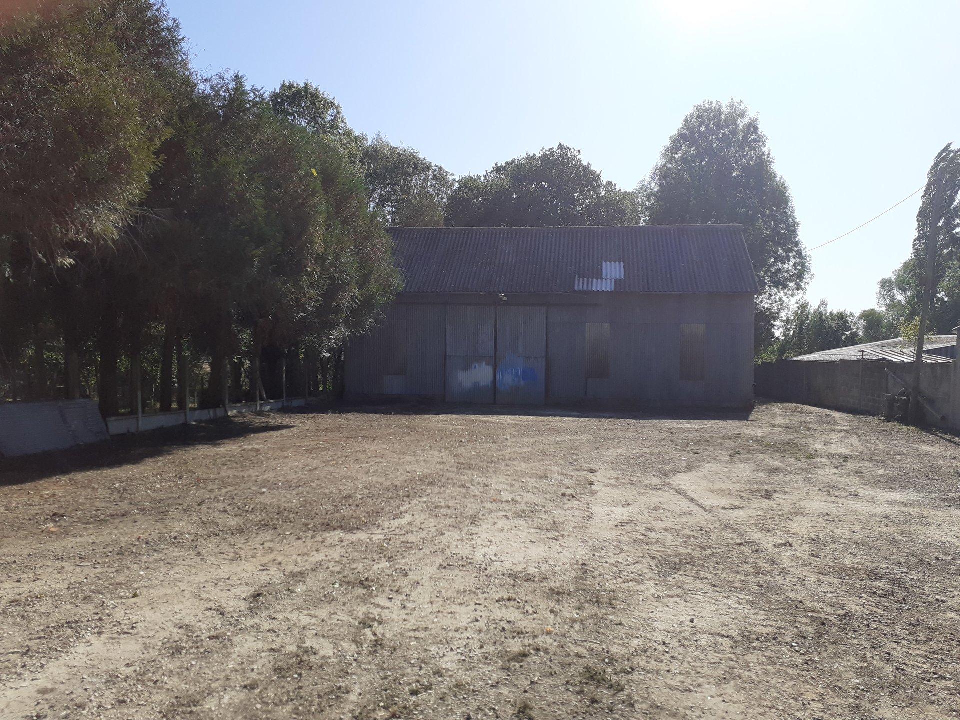 MAISON 76m² + HANGAR de 250m² MONTBIZOT