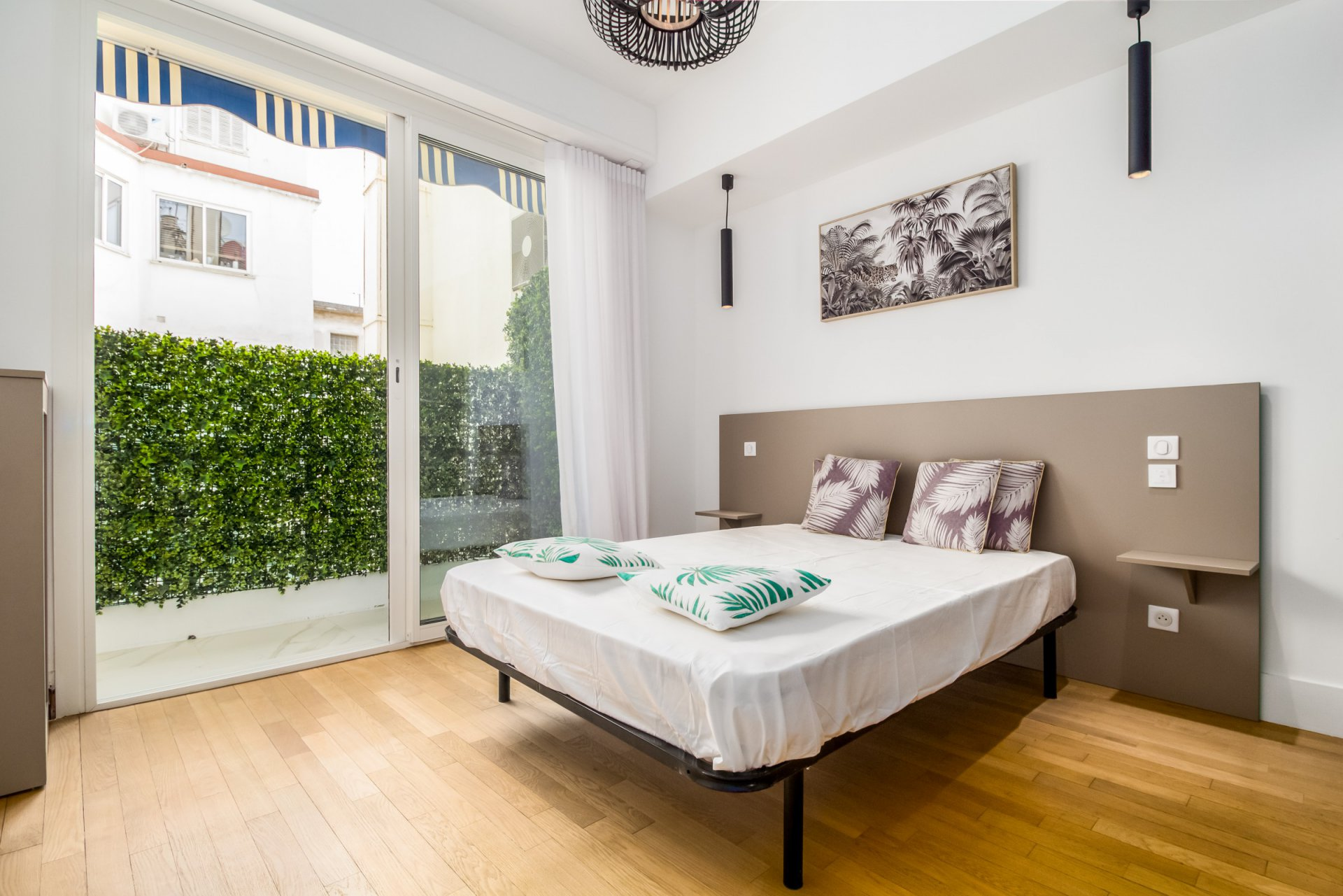3-room in beautiful Carré d'or district
