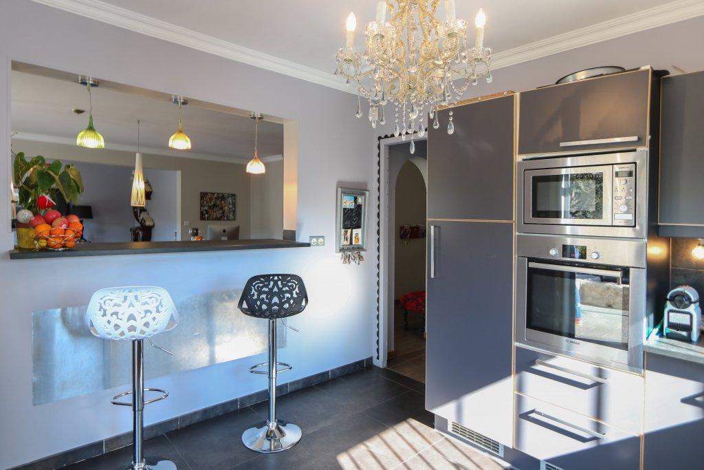 Chandelier, stainless steel, kitchen bar