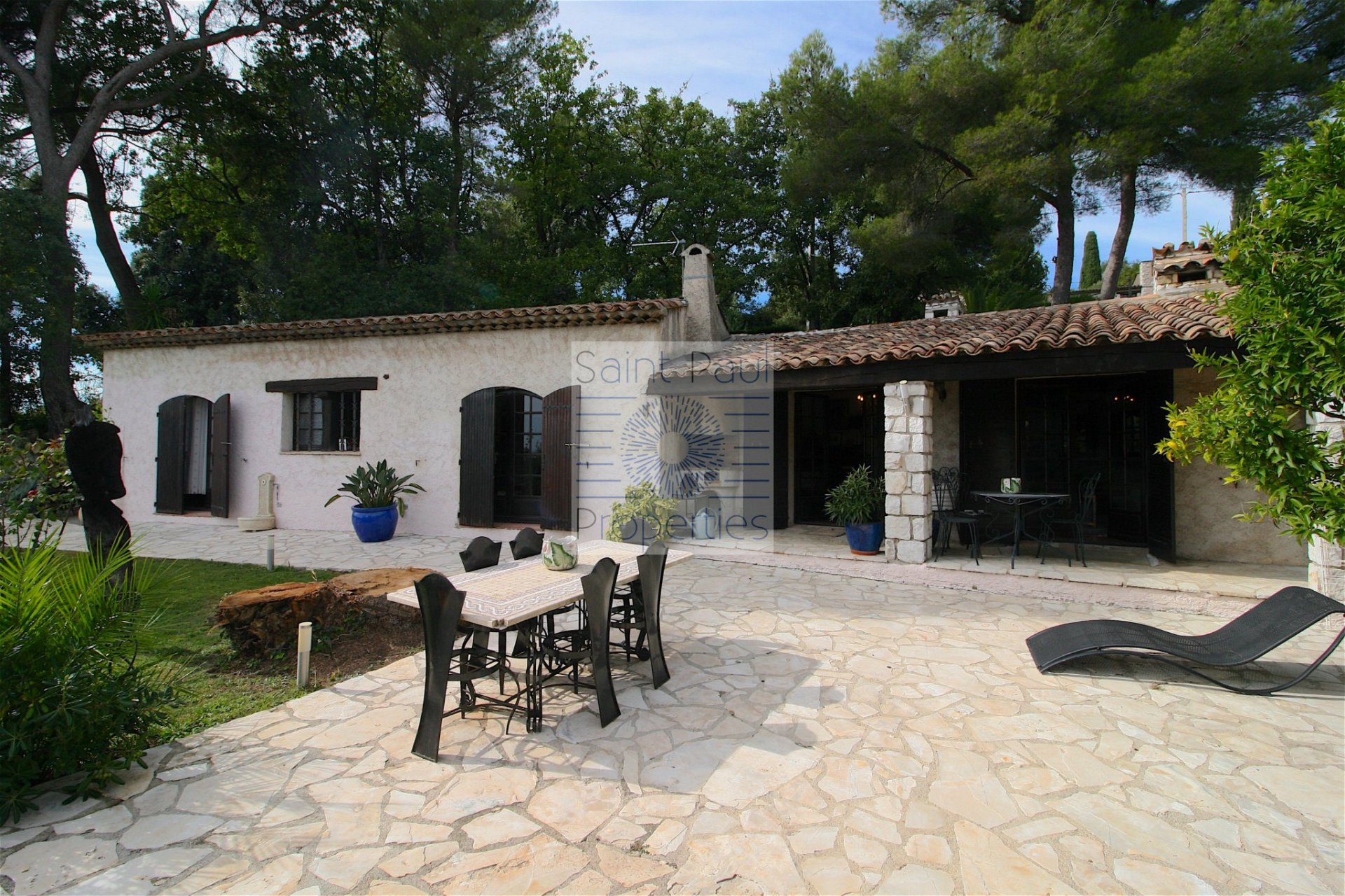 Lovely stone house in Tourrettes sur Loup