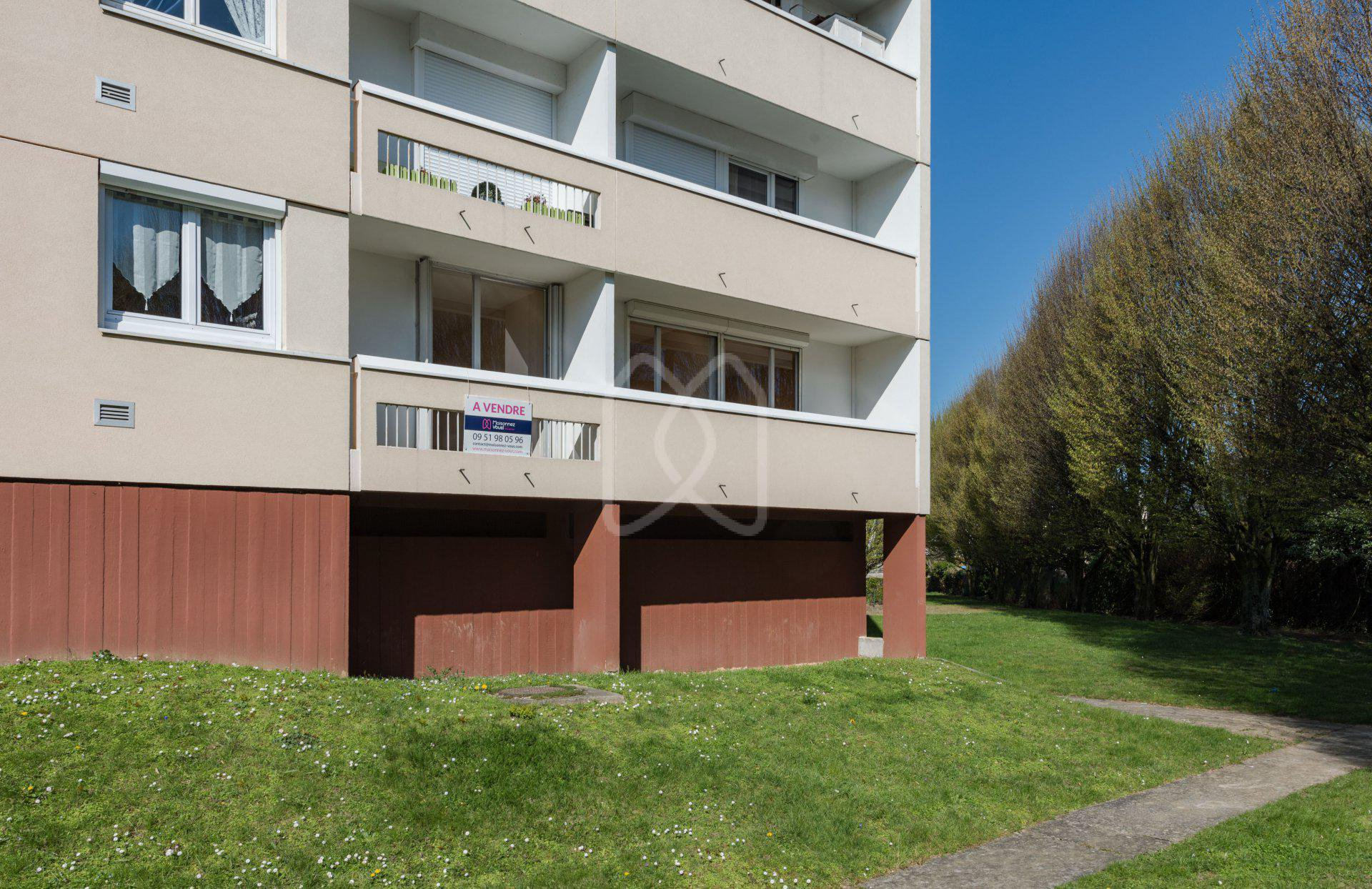 Sale Apartment - Pontault-Combault