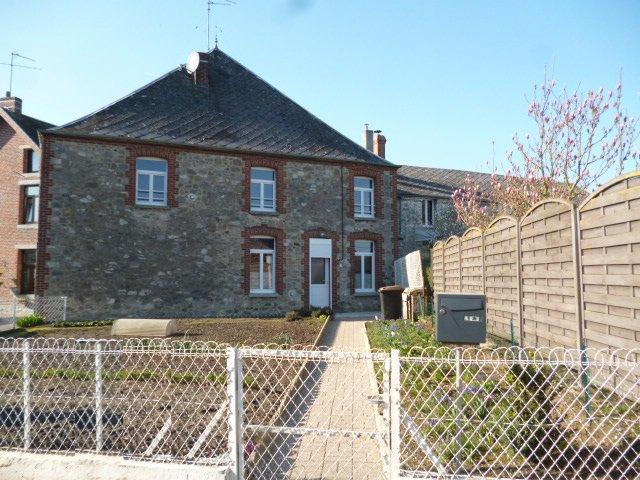 Maison centre Dourlers