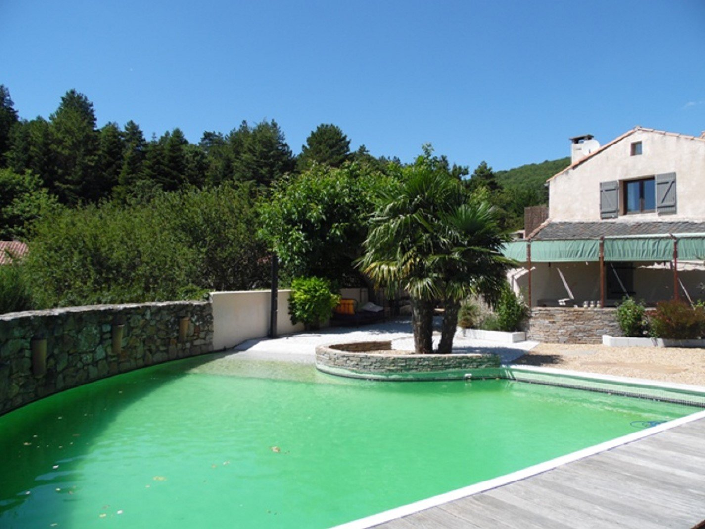 Beautiful caracter house with swimming pool