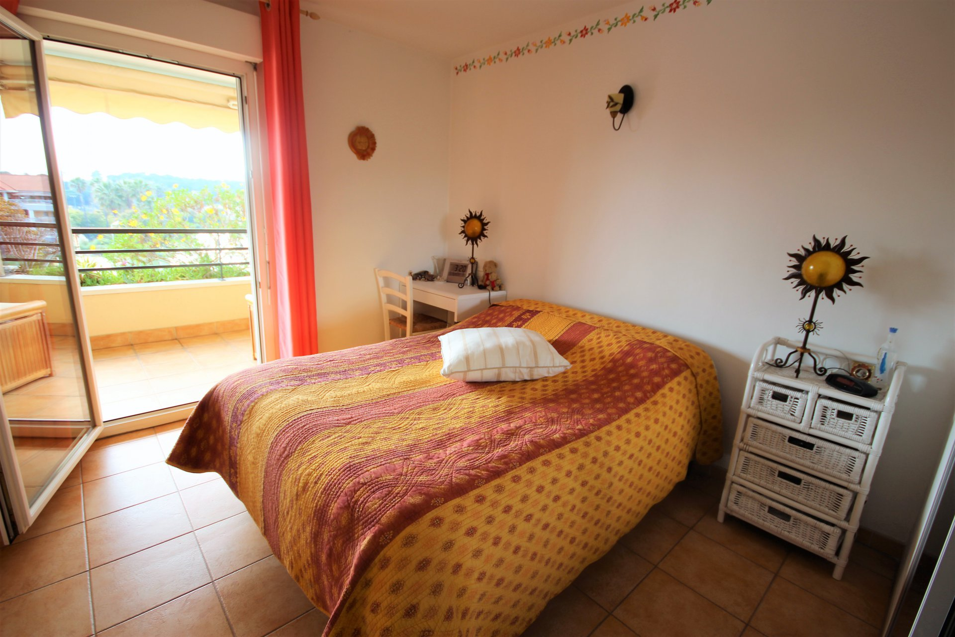 LE CANNET SALE 2 ROOMS IN ABSOLUTE QUIET
