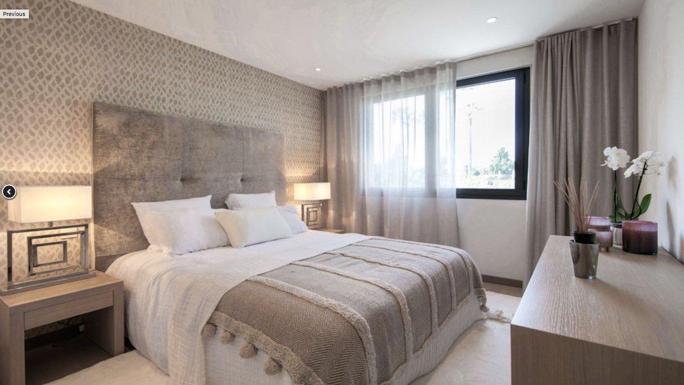 Splendide appartement 4P  de 134 m2 avec terrasse et piscine / Cannes Montrose