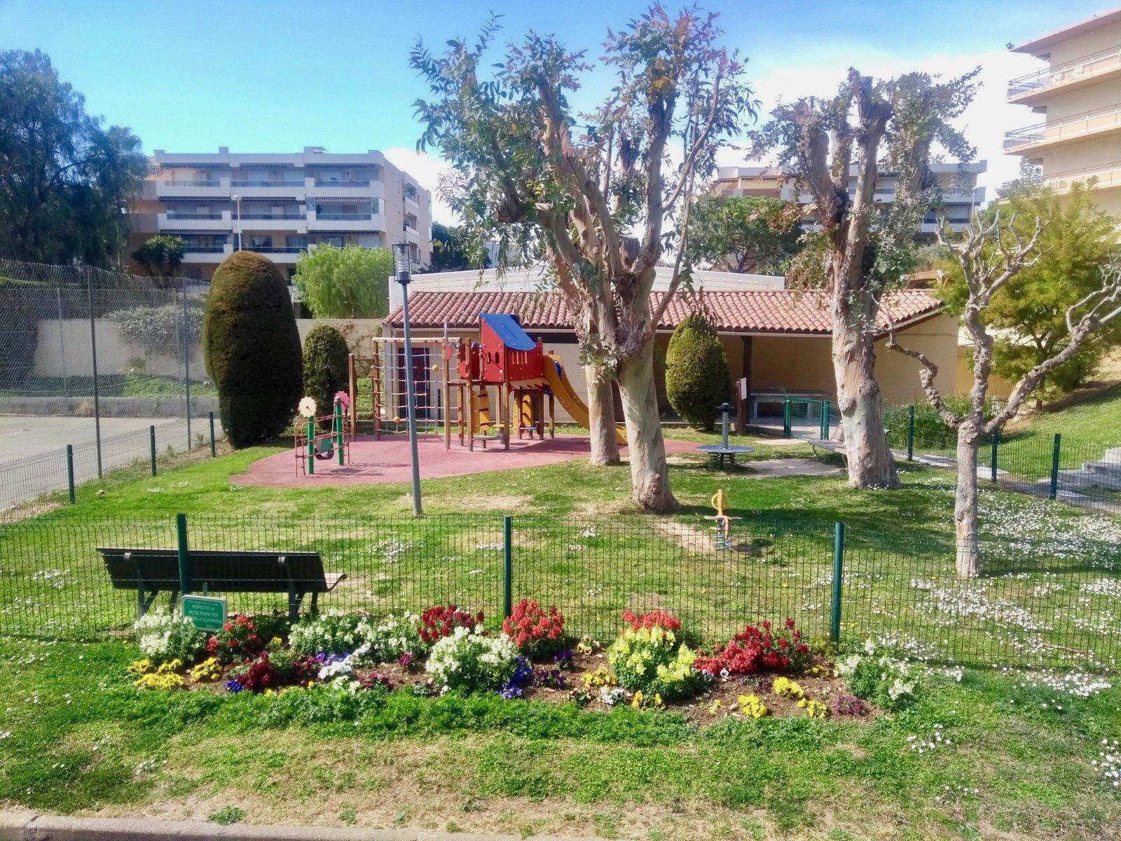 Продажа Апартаменты - Сен-Лоран-дю-Вар (Saint-Laurent-du-Var) Les Vespins