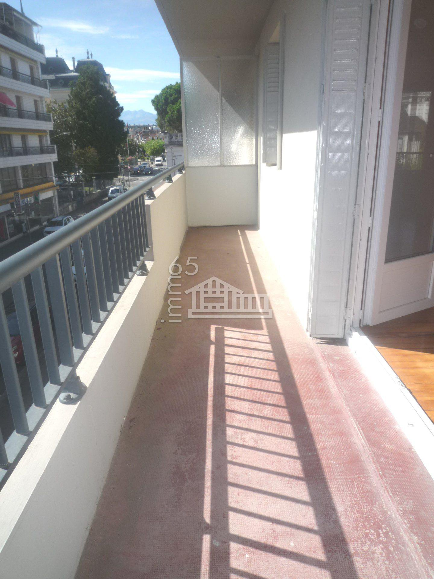 APPARTEMENT DE TYPE 3 HYPERCENTRE AVEC BALCON ET PARKING