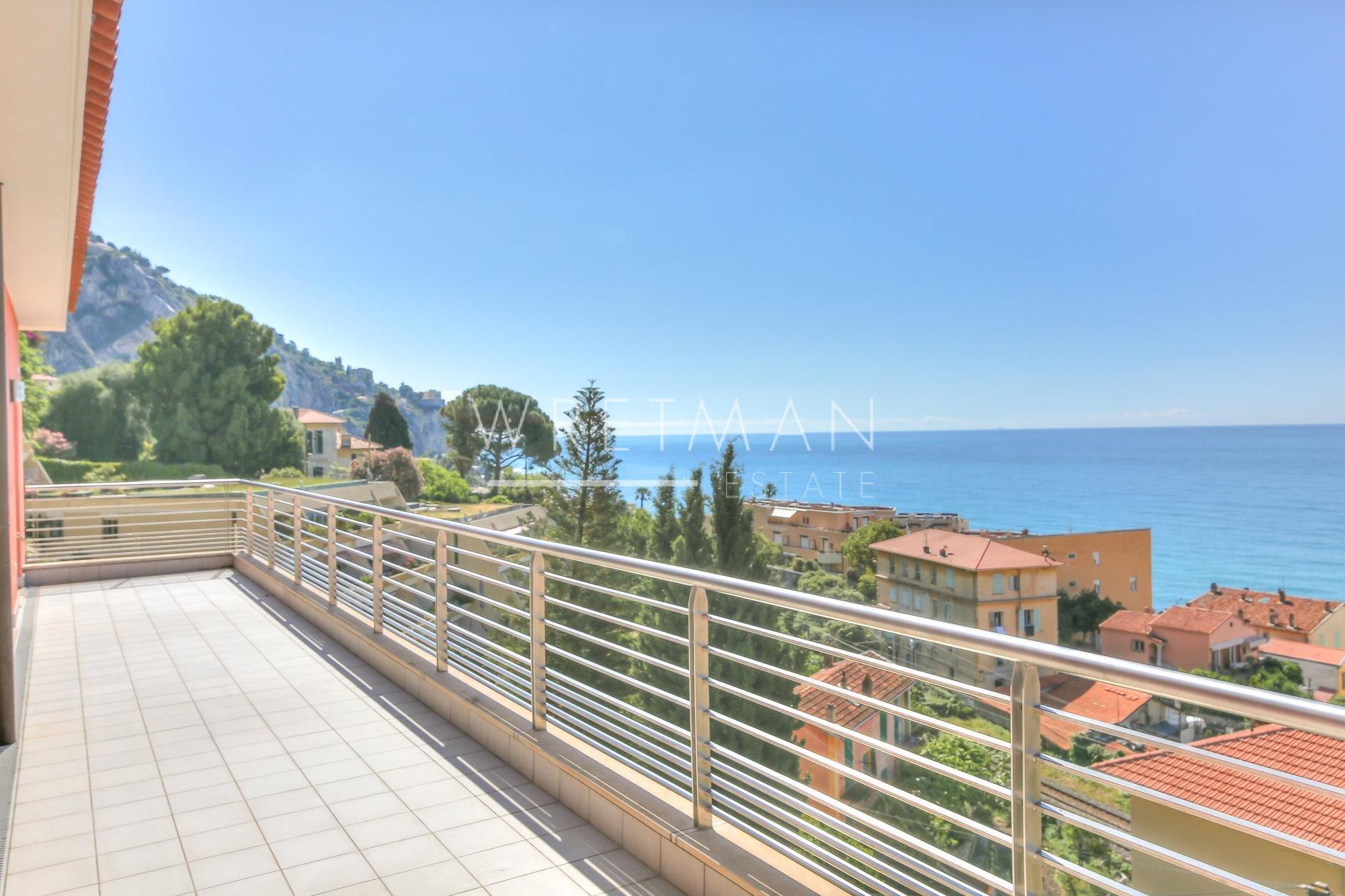 Takvåning med stor terrass och havsutsikt - Menton Garavan