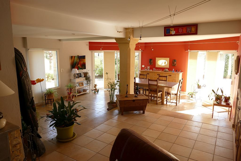 DORDOGNE - Parc with 10 holidayhomes, managers home, pool etc.