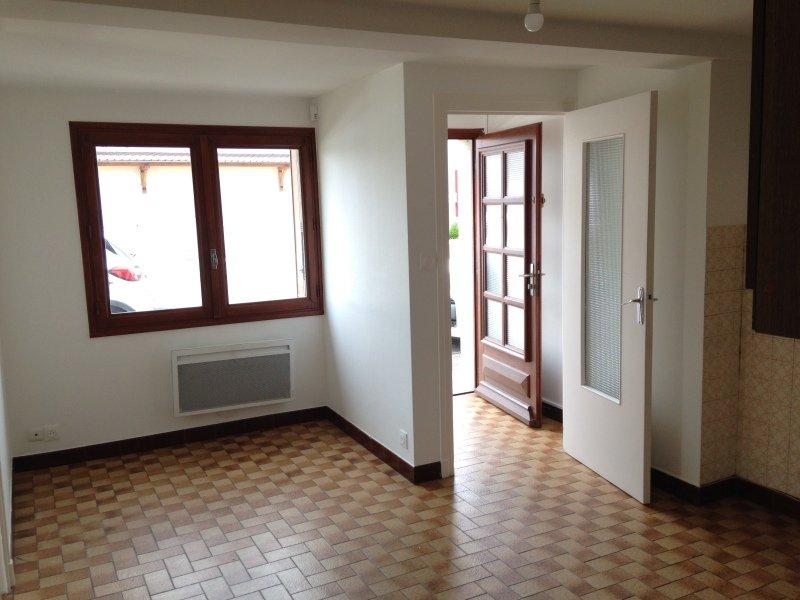 Location Appartement - Saint-Julien-sur-Reyssouze