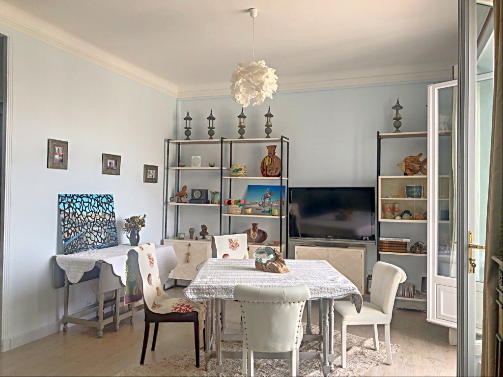 Sale Apartment - Marseille 7ème