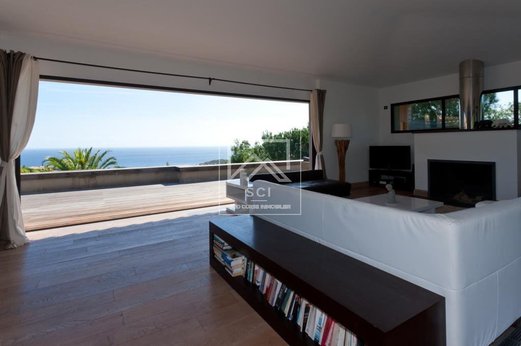 Exclusive Rights - Villa 6 bedrooms with sea view Domaine de Punta d'Oro