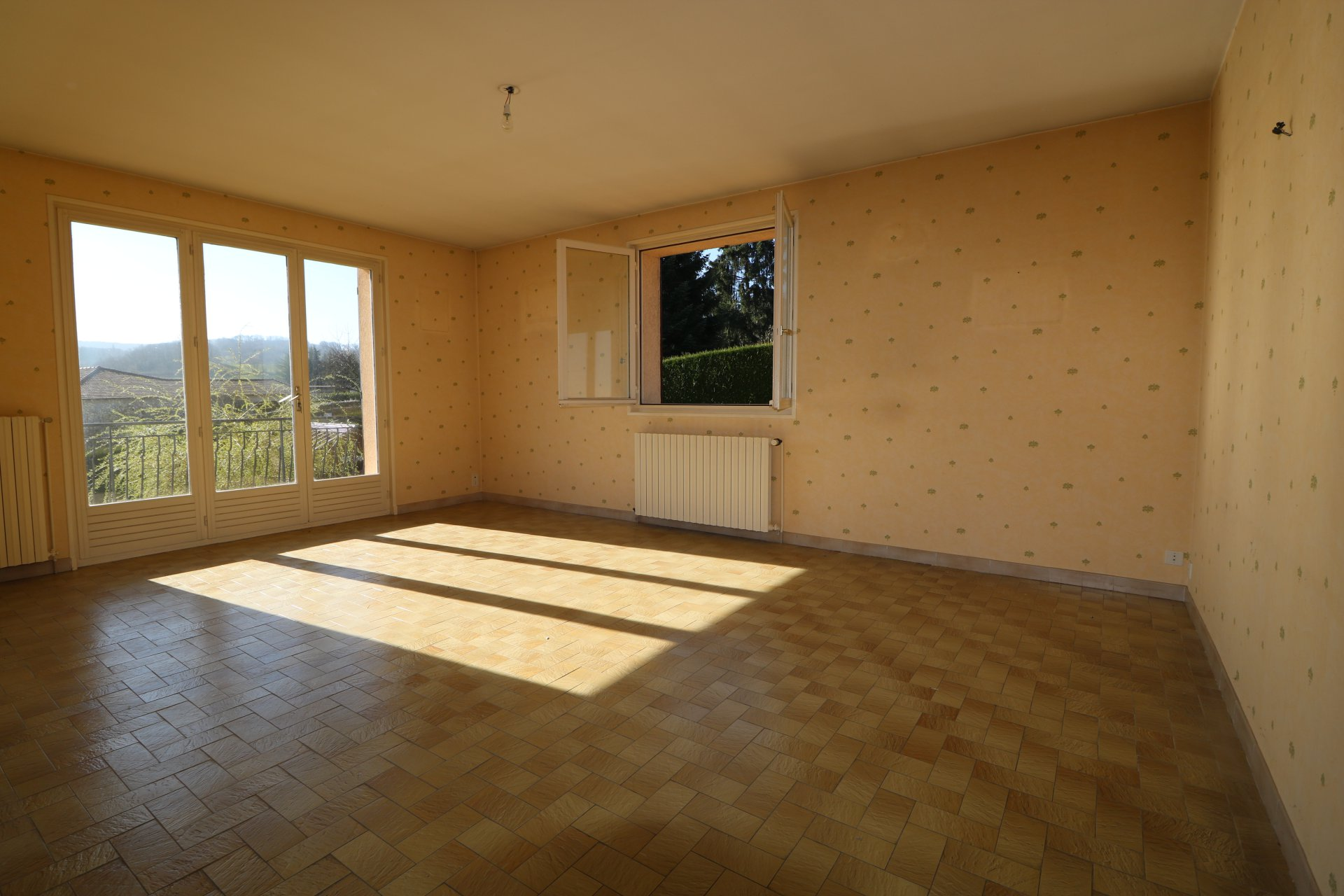 Maison T7 avec sous-sol sur terrain 1 140 m2