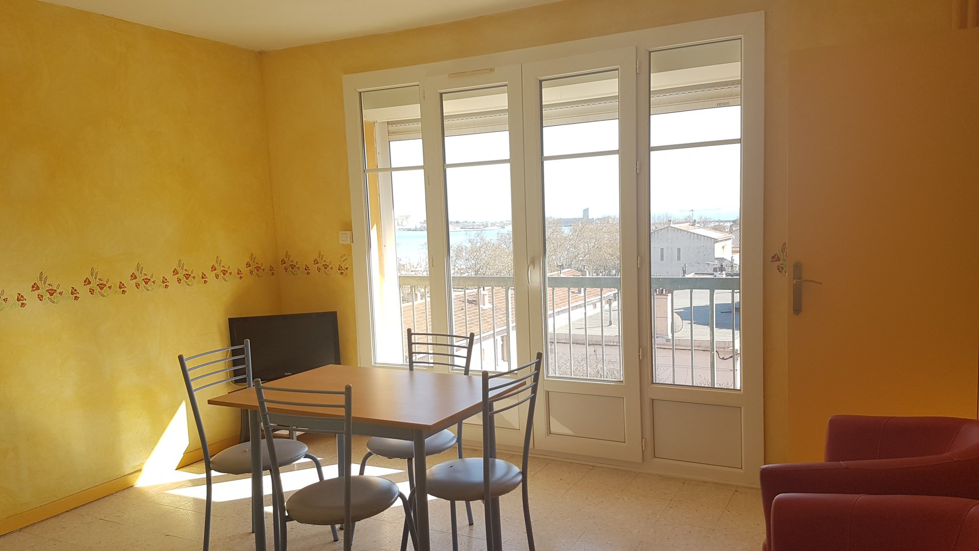 VENTE APPARTEMENT T2 ENTRE VILLE PORT DE BOUC