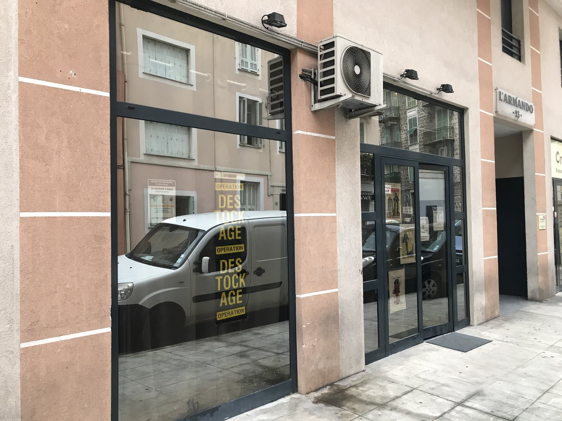 Rental Business - Nice Riquier