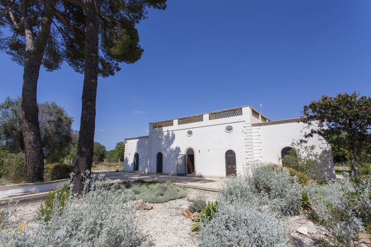 5 chambres maison de campagne dans les Pouilles, piscine et jardin