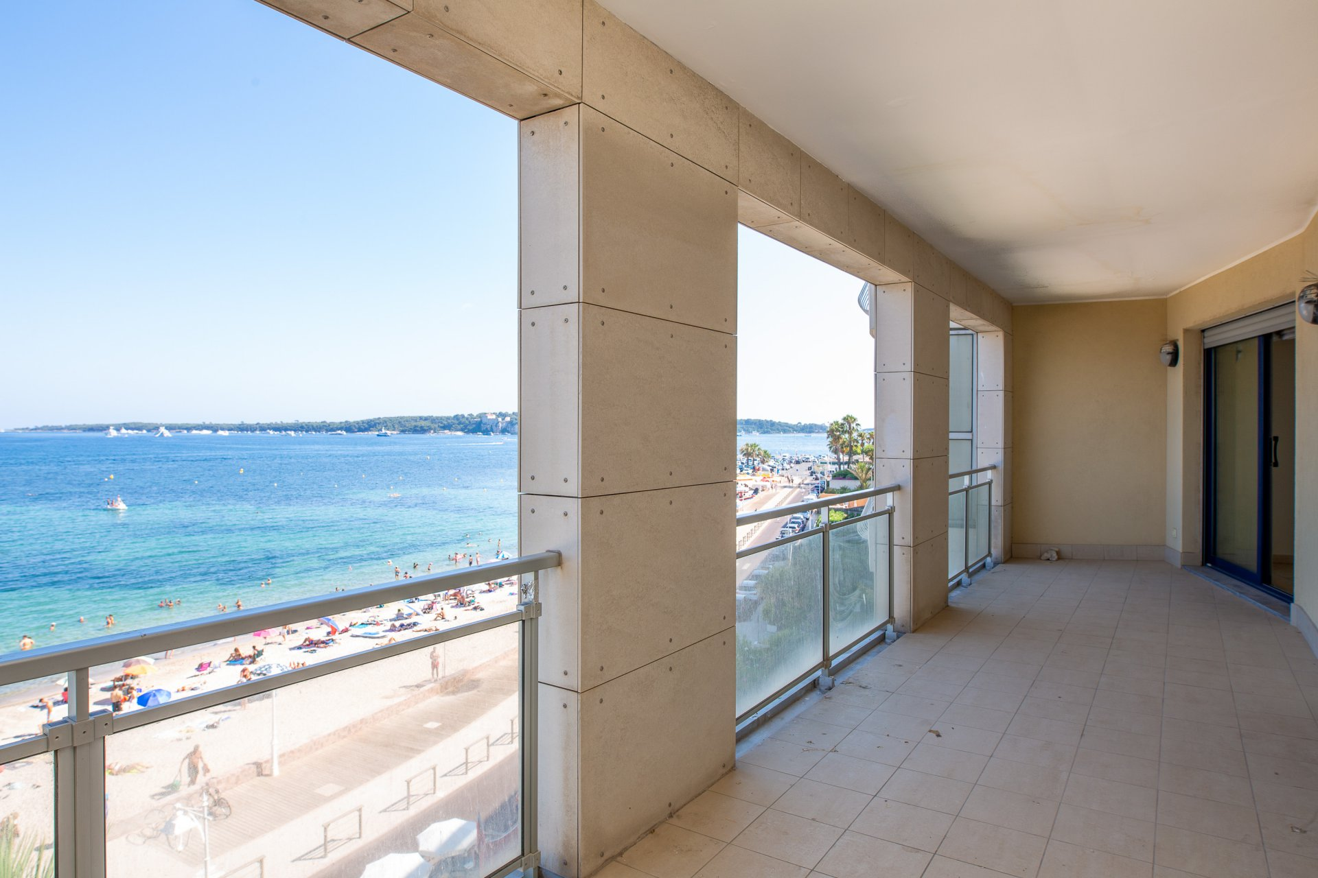 CANNES PALM BEACH EXCLUSIVITE 7 PIECES VUE IMPRENABLE SUR MER