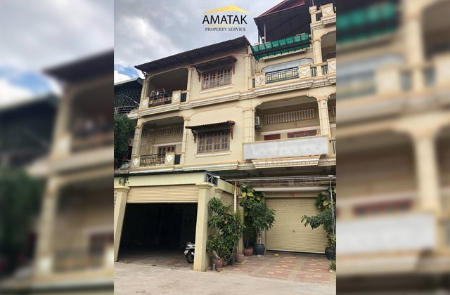 3 flats for sale
