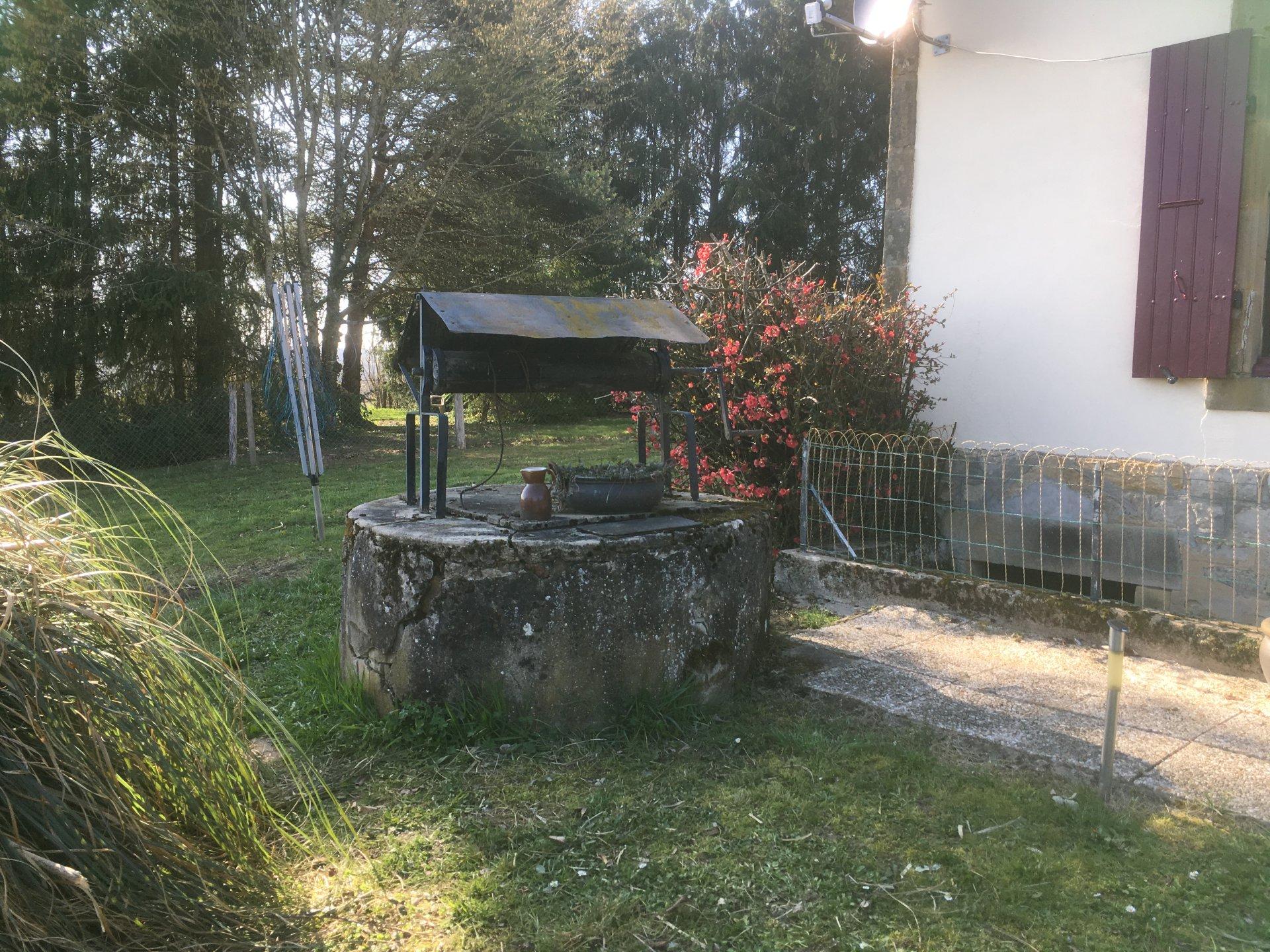 Charmante maison de vacances avec vue dégagée, Nievre