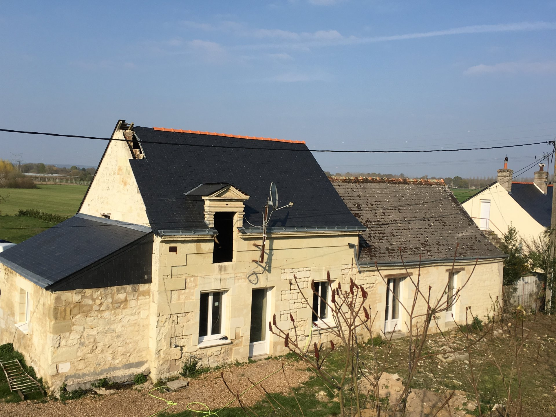 Sale House - La Chapelle Sur Loire