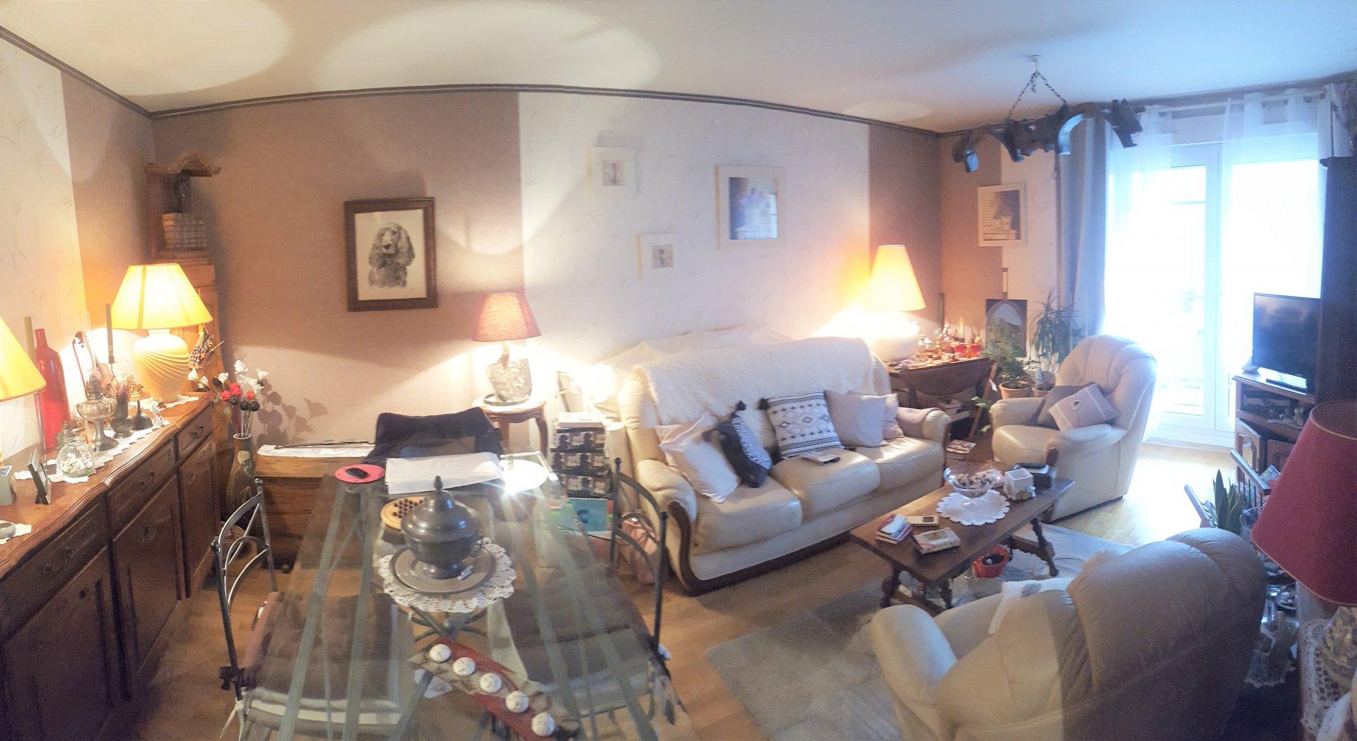 Appartement 2 Pièces 46 m² avec balcon et parking s/s sol