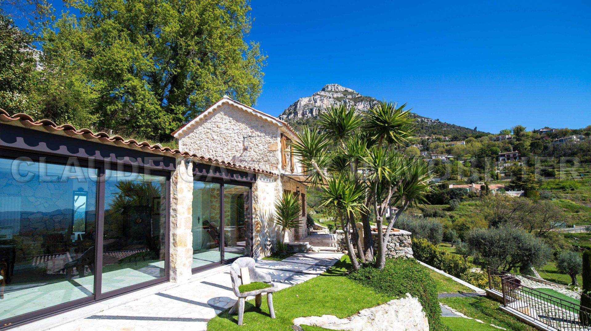 Exceptional villa sea view !