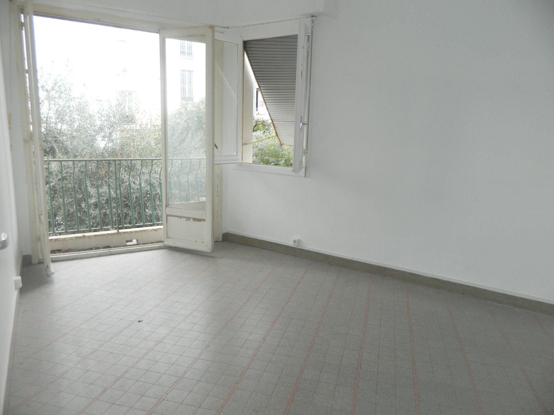 ALPES MARITIMES (06) - NICE - BAS PARC IMPERIAL - VENTE 2 PIECES 40 m2
