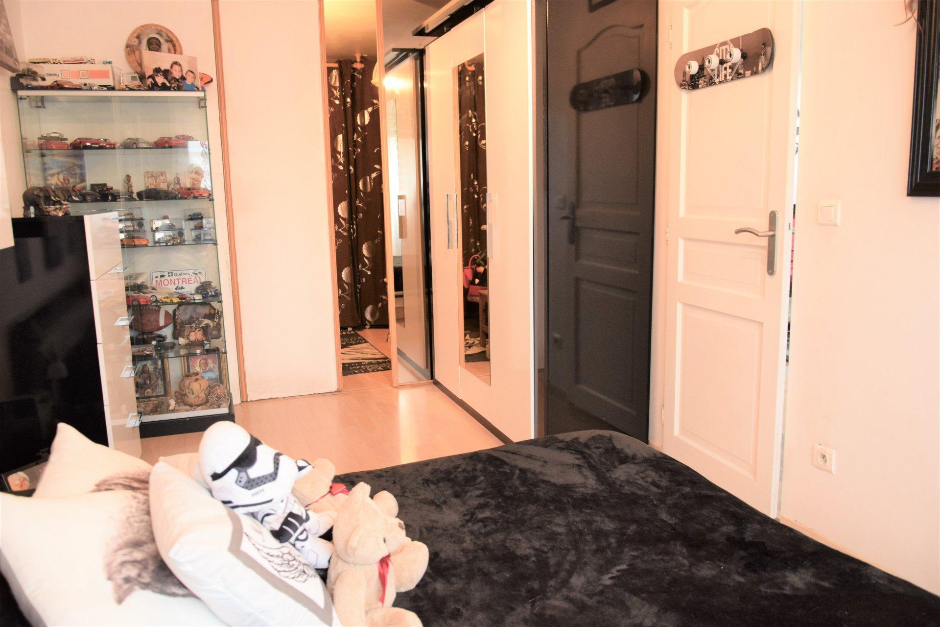 LOFT 4 pièces 90 m² St Laurent du Var