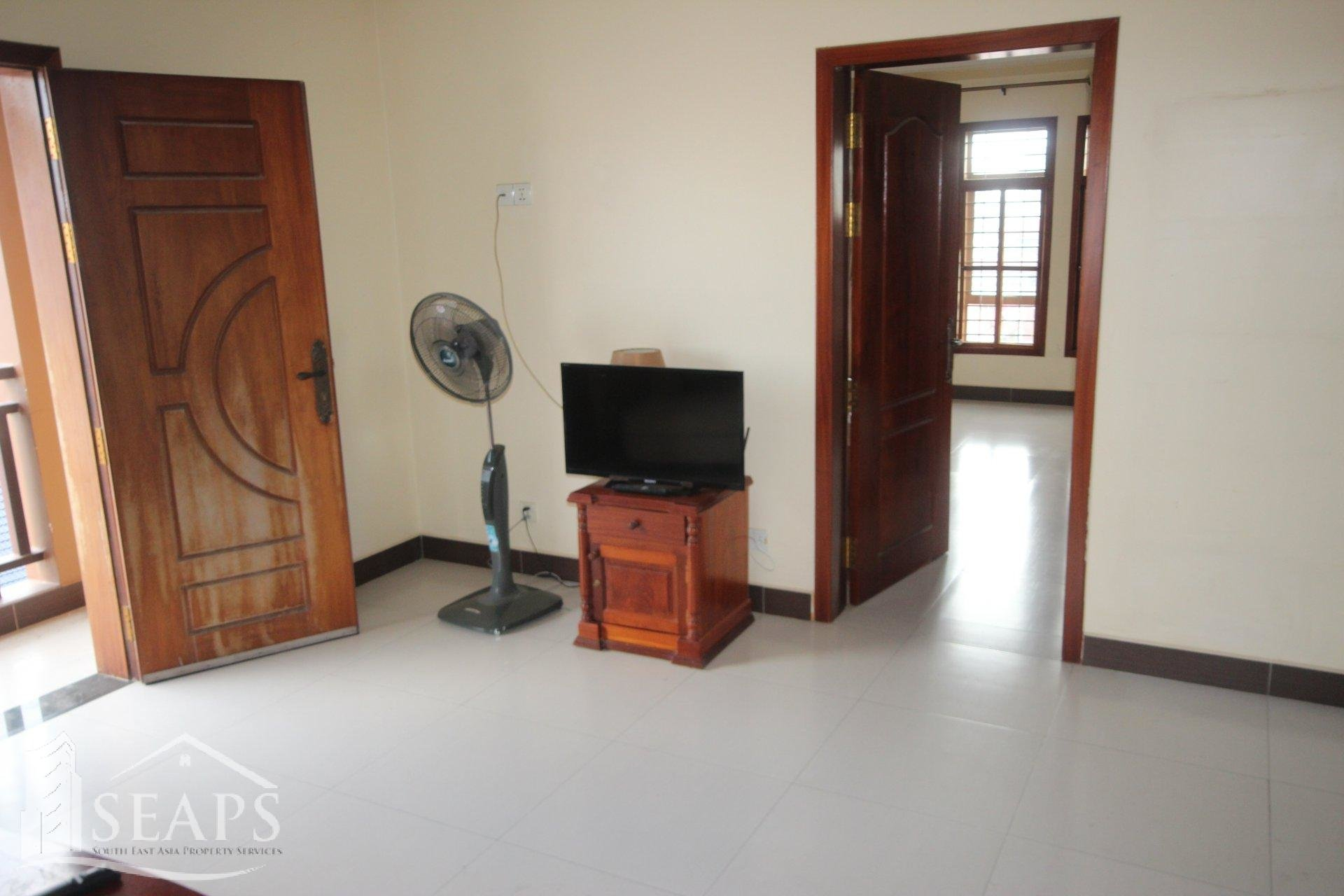 SPACIOUS 2 BEDROOM AND 2 BATHROOM APARTMENT