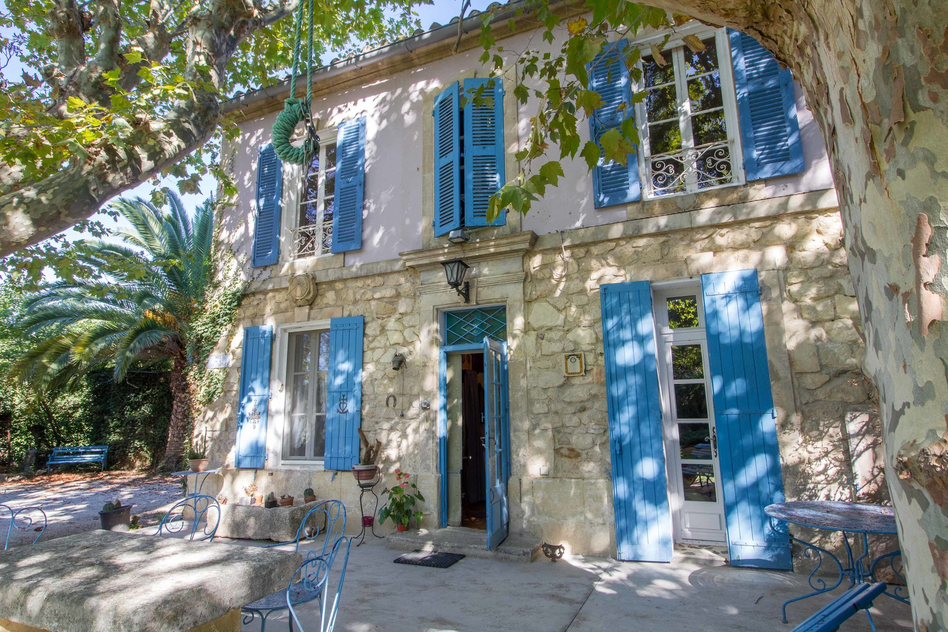 Sale Mas - Raphèle-lès-Arles