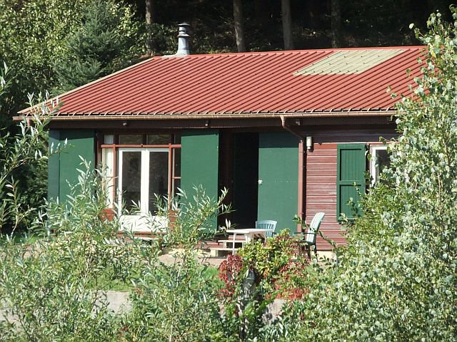 VOSGES - Bungalow with independant garage on 1.940 m2