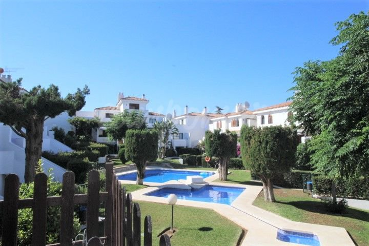 Charming townhouse in Albayalde