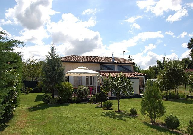 Landes - Modern house with terrace and garage on 938 m2