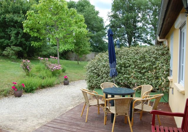 DORDOGNE - Complex with a 2 houses and 5 gîtes on  1,5 ha